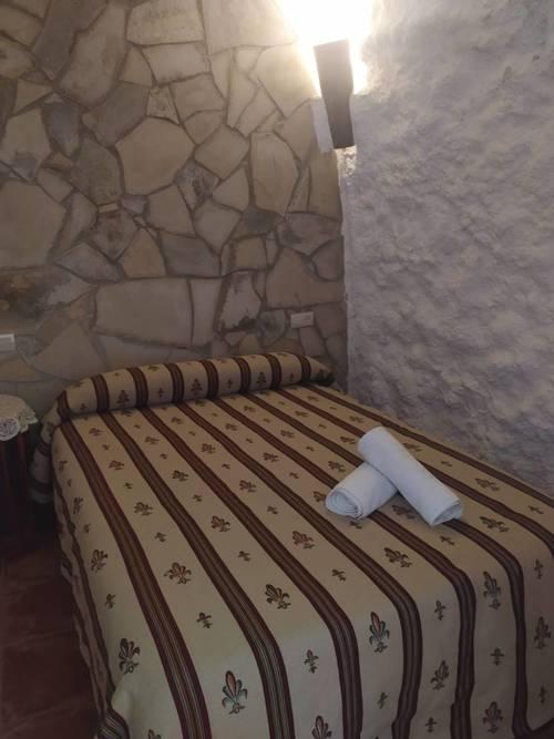 imagen 15 de Venta de cuevas para turismo rural